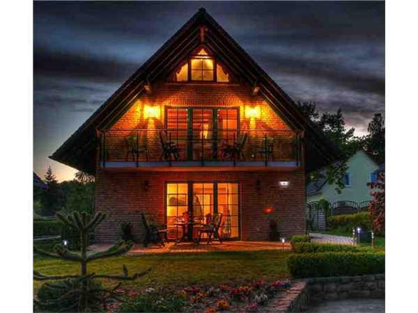 ferienhaus 39 am m ritzufer strand 200 m 39 r bel m ritz mecklenburgische seenplatte. Black Bedroom Furniture Sets. Home Design Ideas
