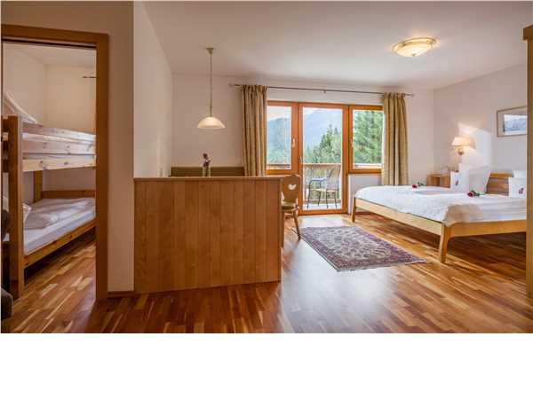 ferienwohnung 39 gartenhotel rosenhof 39 oberndorf bei kitzb hel kitzb heler alpen tirol sterreich. Black Bedroom Furniture Sets. Home Design Ideas