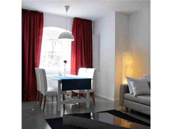 ferienwohnung 39 fewo am urbanhafen 39 berlin kreuzberg berlin deutschland. Black Bedroom Furniture Sets. Home Design Ideas