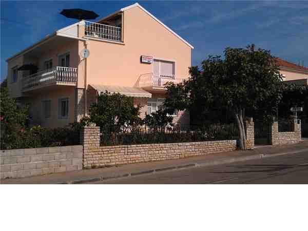 ferienhaus ferienwohnung kroatien von privat mieten. Black Bedroom Furniture Sets. Home Design Ideas