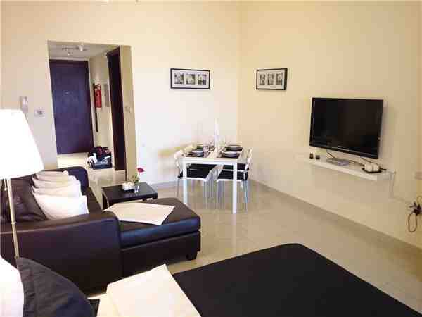 ferienhaus ferienwohnung vereinigte arabische emirate von privat mieten. Black Bedroom Furniture Sets. Home Design Ideas