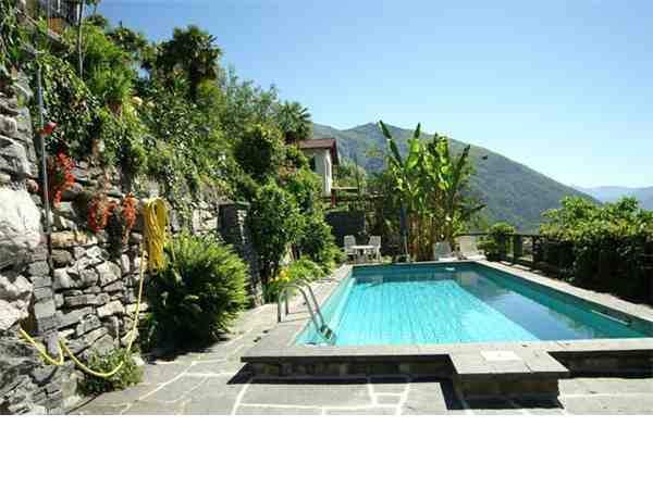 ferienhaus 39 bungalow casa aries 39 cavigliano lago. Black Bedroom Furniture Sets. Home Design Ideas